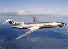 AA's old school Boeing 707, Boeing Aircraft, Passenger Aircraft, Aviation Careers, Civil Aviation, Aviation Art, Commercial Plane, Commercial Aircraft, American Air