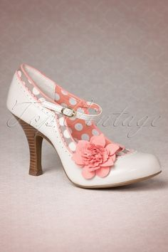 Ruby Shoo - 50s Poppy Pumps in Nude