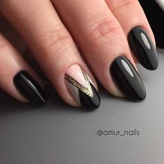 Геометрический дизайн ногтей