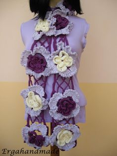 Crochet scarf with net stitch and flowers by Ergahandmade on Etsy