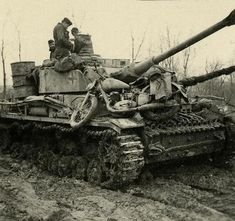 Panzer IV & bike