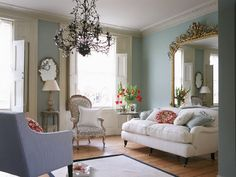 Romantic Rooms: Date With Ornate