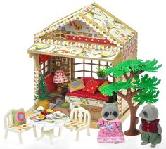 *fistuff* Sylvanian Families Decorated Upcycled Woodland House, Figures + Lots