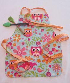 Pre-school - Kindergarten Apron | Ages 2-8 Apron | Owls and Flowers Apron | Kitchen Helper Apron | Baking Apron | Handmade Reversible Item