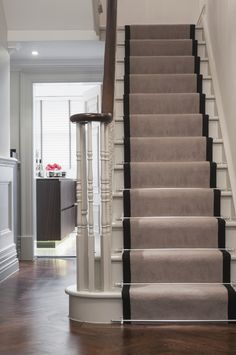 Stair Runner Carpet Staircase Traditional with Handrail Runner Staircase Wainscoting White Stairs Wood Carpet Staircase, Interior Stairs, House Entrance, Gray Stair Runner, Staircase Design, Foyer Decorating, Staircase Makeover, Stairs, Polished Concrete Flooring
