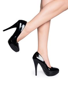 Harlow Pump in Black Patent