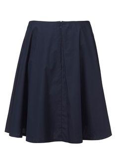 {{ blue skirt }}