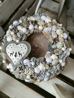 So natural and wonderful ! Christmas Advent Wreath, Pink Christmas, All Things Christmas, Christmas Home, Wreath Crafts, Diy Wreath, Christmas Tree Decorating Tips, Holiday Decor, Easter Wreaths