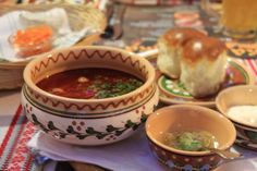 Borschtsch #Suppe #Osteuropa #Belarus #Ukraine #Russland #GUS #RoteBeete Ukraine, Beef, Ethnic Recipes, Food, Eastern Europe, Soups And Stews, Russia, Food Food, Meat