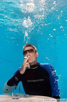 Cool John smoking underwater  Lars Kirchhoff