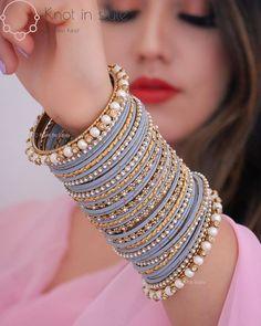 Fancy Jewellery, Stylish Jewelry, Fashion Jewelry, Indian Bridal Jewelry Sets, Bridal Bangles, Bridal Jewellery, Jewelry Design Earrings, Hand Jewelry, Clay Jewelry