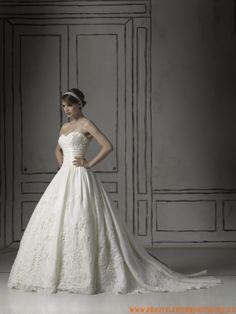 Wunderschöne Brautmode spitze für Prinzessin mit Ärmel und langer Schleppe