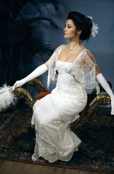 Jayne Seymour - Somewhere in Time (I always thought she was so beautiful and I love her dress!)