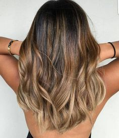 Brown ombré hair. Gorgeous waves