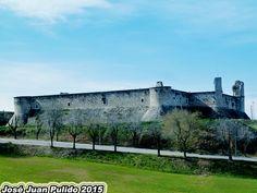 Vista panorámica del castillo de Chinchón. Panoramic.  Chinchón Castle.