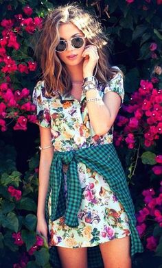#street #style floral + plaid @wachabuy