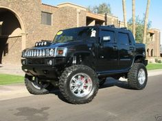 Hummer yes please! Hummer Truck, Hummer H3, Jeep Truck, Big Ford Trucks, 4x4 Trucks, Winter Car, Lifted Cars, Ford Bronco, Sport Cars
