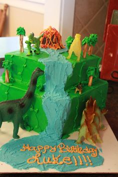 Dinosaur My Son Wanted A Dinosaur Cake For His 8th Birthday So This