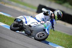 """Foto Vespa Vespa 135 team MDM, il """"Vespino"""" volante!"""