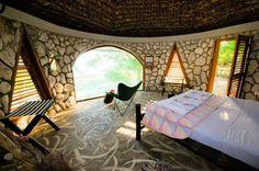 Sivananda Ashram Yoga Retreat in the Bahamas- Best value yoga retreat, yes please!