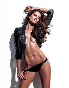Izabel Goulart: VS model who is actually fit with great muscle tone #fitnessinspiration