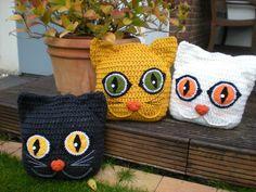 New crochet cat pillow pattern etsy Ideas Crochet Cushions, Crochet Pillow, Crochet Home, Crochet Yarn, Cat Crochet, Cat Pillow, Halloween Crochet, Crochet For Beginners, Crochet Animals