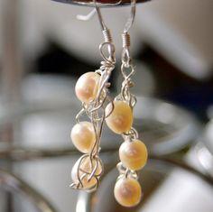 Cream baroque pearl earrings. BooJayKnits on artfire.com