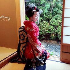 げいぎ for a day~  A magical force made me super demure once I don the Kimono  #throwback #芸者 #iamracheltanginkyoto  #duetopopulardemand #goodexperience