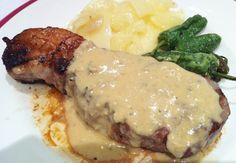 Cabrales sauce (Spanish blue cheese sauce)