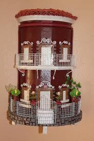 Resultado de imagen para balcones antioqueños miñiatura Clay Houses, Ceramic Houses, Building Cake, Doll House Crafts, Diy Wall Painting, Christmas Gingerbread House, Dollhouse Kits, Roof Tiles, Decorative Tile