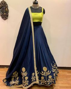 Pearl_designersòĺ Book ur dress now Completely stitched Customised in all colours For booking ur dress plz dm or whatsapp… Party Wear Indian Dresses, Designer Party Wear Dresses, Party Wear Lehenga, Indian Gowns Dresses, Indian Bridal Outfits, Dress Indian Style, Indian Fashion Dresses, Fashion Outfits, Pakistani Dresses