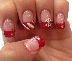 129 beauty nails design ideas for christmas - page 18 ~ Modern House Design Christmas Nail Art Designs, Holiday Nail Art, Christmas Design, Xmas Nails, Christmas Nails, Fancy Nails, Cute Nails, Fingernail Designs, Manicure Y Pedicure