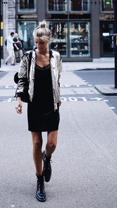 How To Wear Combat Boots & Look Chic & Feminine? Military Boots Outfit, Combat Boot Outfits, Combat Boots Style, Black Combat Boots, Summer Boots Outfit, Winter Outfits, Casual Outfits, Style Casual, Casual Chic