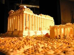 30 awesome lego buildings - including the Parthenon. Athens Acropolis, Parthenon, Athens Greece, Lego Sculptures, Amazing Lego Creations, Famous Buildings, Famous Landmarks, Lego Construction, Lego Blocks