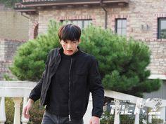 The K2 Korean Drama, Korean Drama Movies, Korean Actors, Yoona Ji Chang Wook, Dramas, Ji Chang Wook Photoshoot, Chines Drama, Empress Ki, Seo Kang Joon