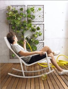Vertical Gardening Inspiration | Apartment Therapy