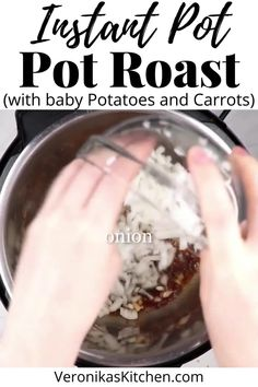 Pot Roast Recipes, Meat Recipes, Fall Recipes, Indian Food Recipes, Sunday Dinner Recipes, Dinner Meal, One Pot Meals, Easy Meals, Pressure Cooker Roast