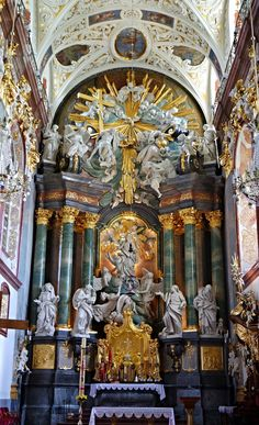 Shrine Of Our Lady Of Czestochowa Jasna Gora, Poland Sacred Architecture, Baroque Architecture, Religious Architecture, Church Architecture, Beautiful Architecture, Catholic Altar, Catholic Churches, Church Interior Design, Cathedral Church
