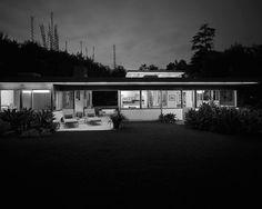 Benedict and Nancy Freedman House, Pacific Palisades, Los Angeles CA   Richard Neutra   Photo : Julius Schulman