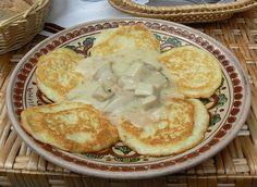 Yummy Potato Pancakes With Porcini Mushrooms From Ukrainian Carpathians by MariyaZ, via Ukrainian Recipes, Russian Recipes, Ukrainian Food, Porcini Mushrooms, Stuffed Mushrooms, Ice Cream Pies, Veggie Delight, Potato Pancakes, Polish Recipes