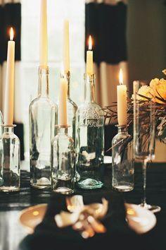 Porte bougies, bouteille de verre.