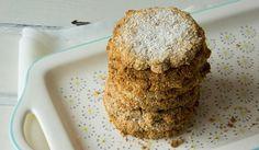 FODMAP-arme Kekse helfen Lust auf Süßigkeiten. Sie sind zuckerfrei, aus Erdmandeln, Kokos und Vanille. Perfekt für die FODMAP-Diät und Unverträglichkeiten.