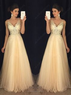 Glamorous A-line V-neck Tulle Appliques Lace Floor-length Backless Prom Dresses