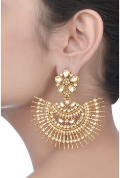 Amrapali Wedding Accessories, Wedding Jewelry, Jewelry Accessories, Jewelry Design, Indian Earrings, Indian Jewelry, Pakistani Jewelry, Amrapali Jewellery, Bridal Earrings