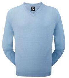 Jersey Footjoy Lana Merino Ref. 95364, color azul claro. Jersey con cuello en pico fabricado con lana merino 100%