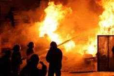 إخماد حريق في فندق وسط بغداد وإجلاء نزلاء