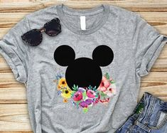 Check out our disney tshirts selection for the very best in unique or custom, handmade pieces from our shops. Disney Dress Up, Disney Day, Disney Tips, Disney Family, Disney Outfits, Walt Disney World, Disney Clothes, Disney Fashion, Disneyland Trip