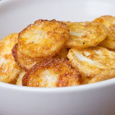 You'll love snacking on these easy and yummy Parmesan Egg Chips. ...