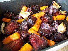 chute a vône mojej kuchyne. Beetroot, Vegetable Dishes, Pot Roast, Sausage, Vegetables, Ethnic Recipes, Food, Fitness, Carne Asada