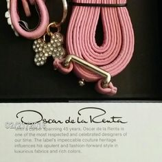 Pink Oscar de la Renta Med Dog Collar & Leash Set Genuine leather 16in x 3/4in collar in a beautiful ballet slipper pink. Comes with a 60in x 3/4in matching collar in the origional box. NWOT Oscar de la Renta Accessories